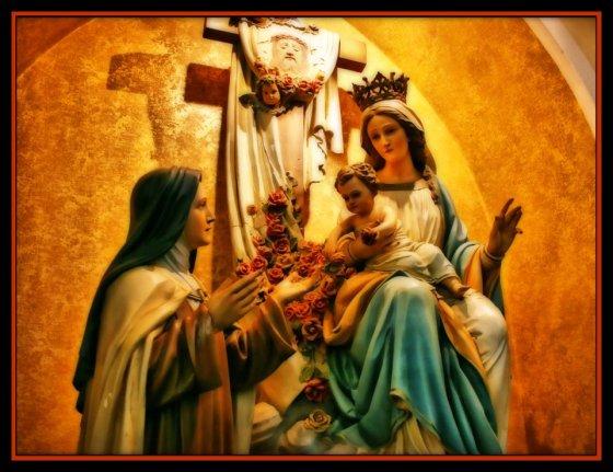 Nossa Senhora o Menino Jesus e Santa Terezinha1